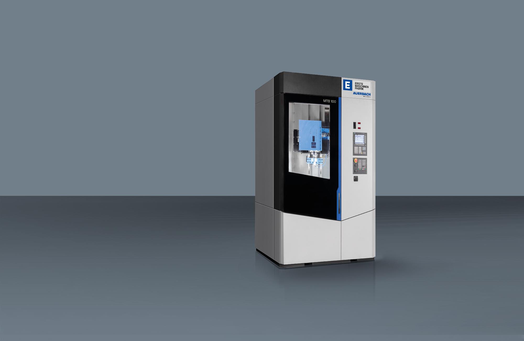 Anlagenfotografie einer Tiefbohrmaschine von Ermafa Auerbach in Maschineninhausung